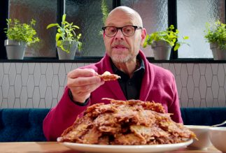 Alton Brown cooks up latkes on a special 'Good Eats'